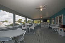 Barbeque Area and Lounge