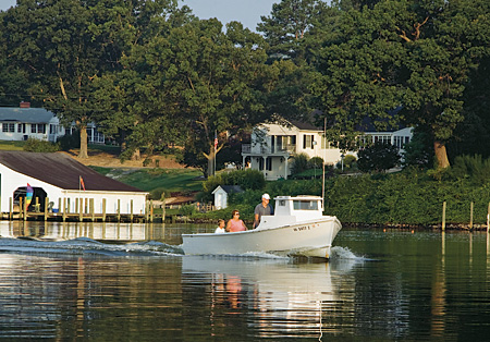Urbanna. Virginia. (Photo courtesy ChesapeakeBoating.net)
